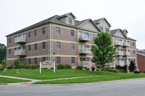 Sunset Beach Apartment Exterior in Ames, Iowa