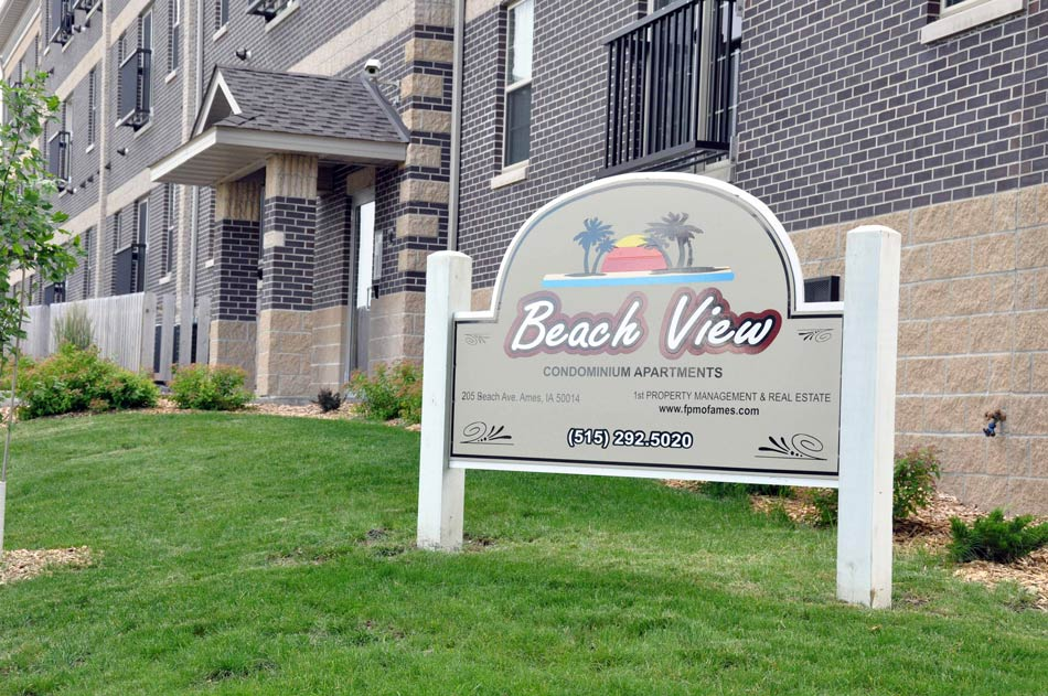 Beach View Sign